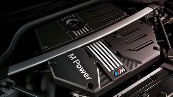 BMW X3 M F97 LCI Facelift 2021 BMW M TwinPower Turbo Reihen-6-Zylinder Benzinmotor Nahaufnahme